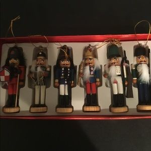 Christmas: The set of 6 Nutcracker, New in box.
